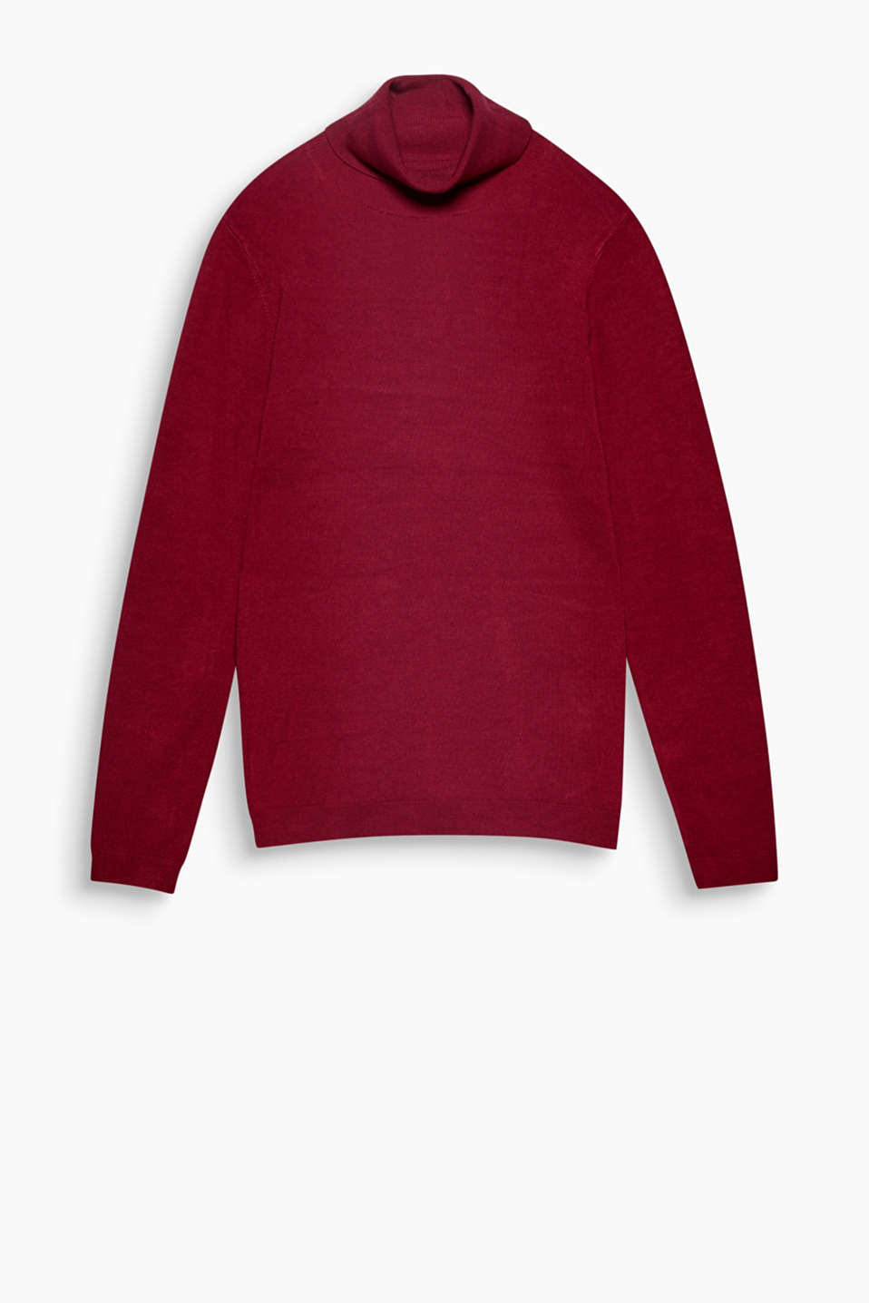 Top basic for autumn: a clean, fine knit polo neck always works – on its own or mixed and matched!