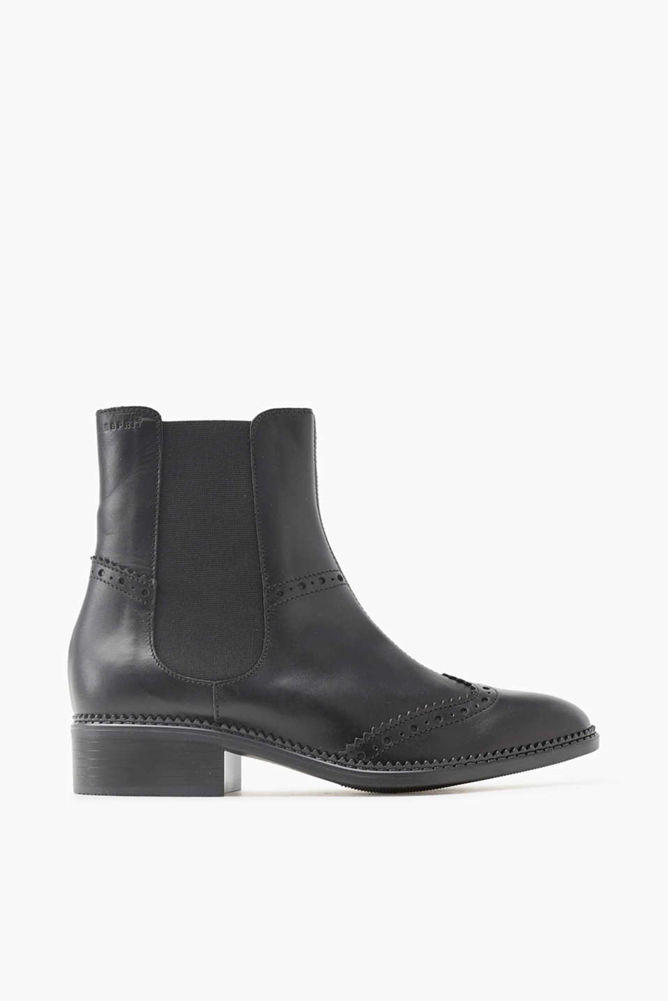 Your boots for between the seasons! Leather Chelsea boots with brogueing and a non-slip sole.