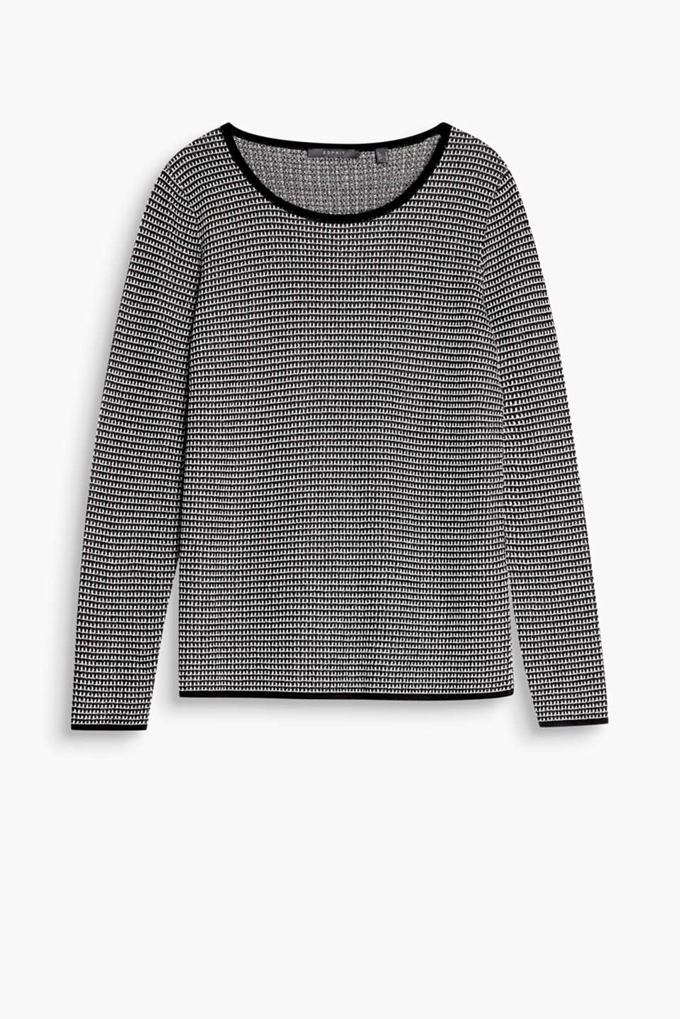 Feminine, comfortable and retro-chic: casual jumper with texture, a wide neckline and plain coloured trims