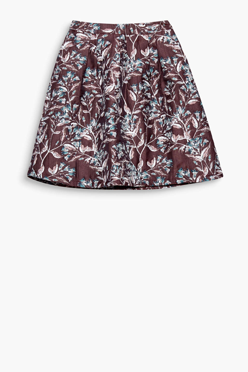 Autumnal jacquard flowers give this flared skirt its unique feminine style.
