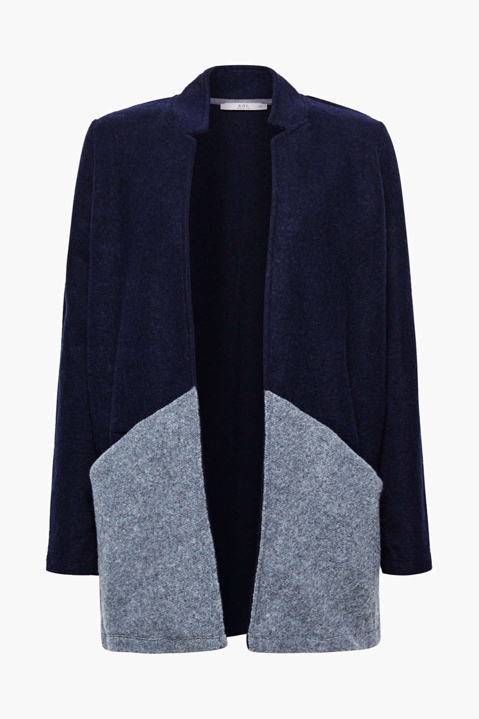 This open-fronted jacket is a brilliant alternative to a cardigan with its woolly, soft material in a colour block look.