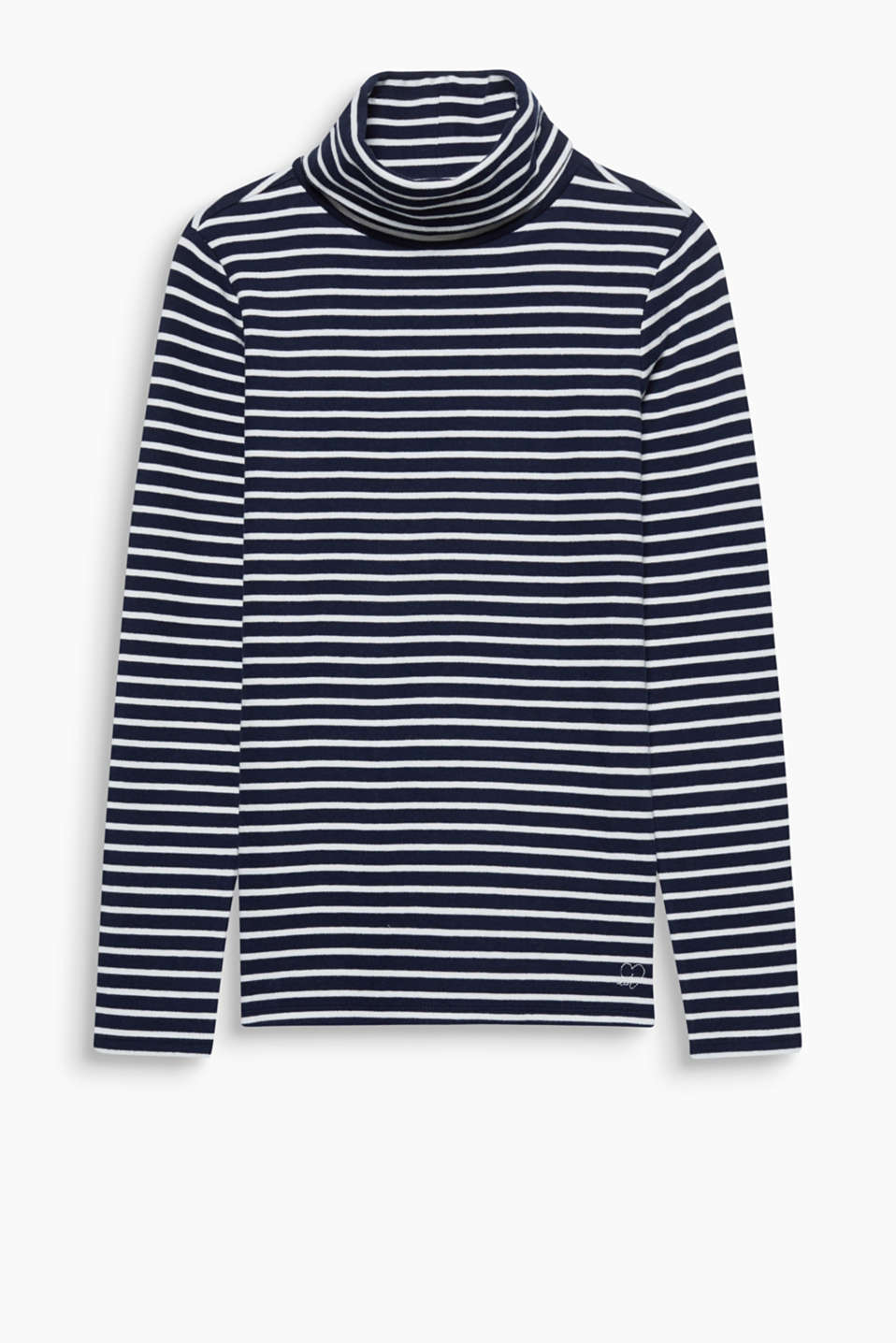 The fine ribbed texture and the cotton with a percentage of stretch make this fitted, striped polo neck unbeatably comfy!
