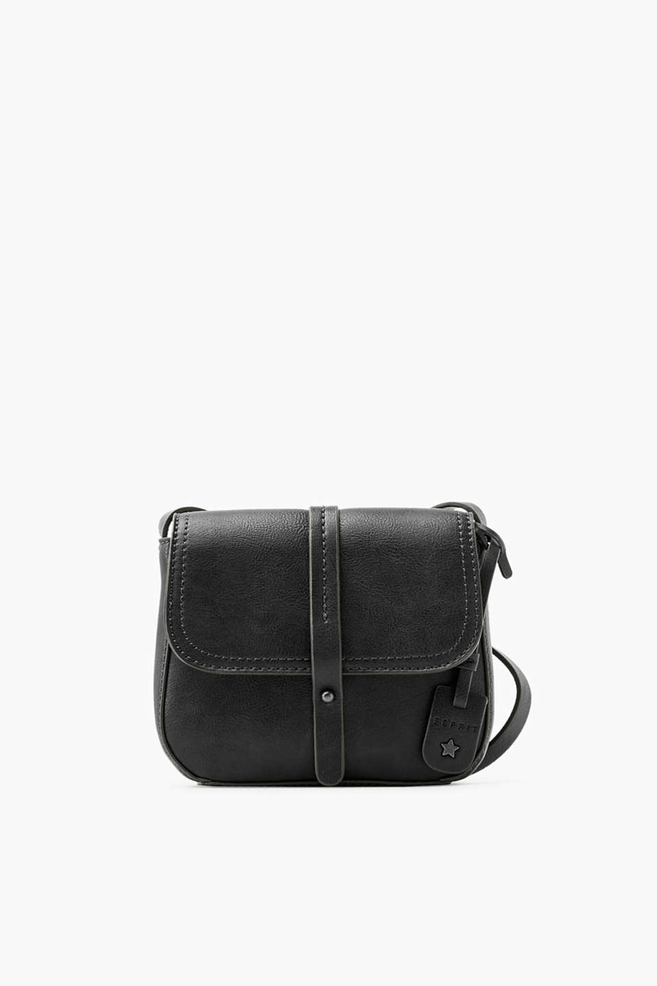 Big enough to hold all of your essentials!  This small shoulder bag impresses with its compact format.