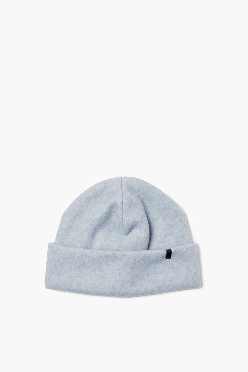 A soft, cosy classic for cold days! This beanie with a large cuff rounds off your outfit nicely