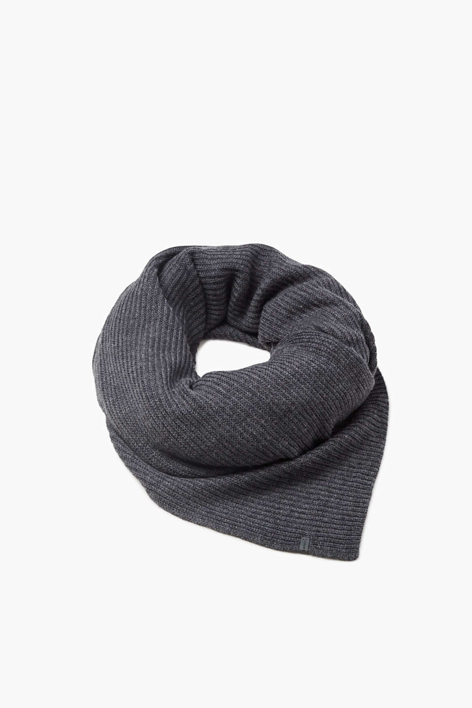 Most warmly recommended! This soft, luxury scarf in 100% wool generates wonderful warmth for the winter.