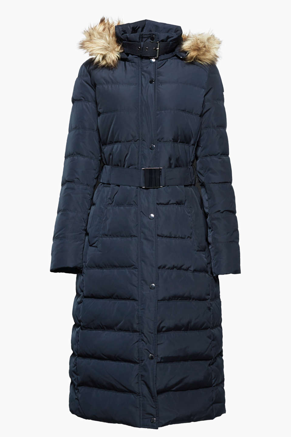 In a trendy maxi length, this fitted, quilted coat with premium down and feather filling is wonderfully warm for the winter.