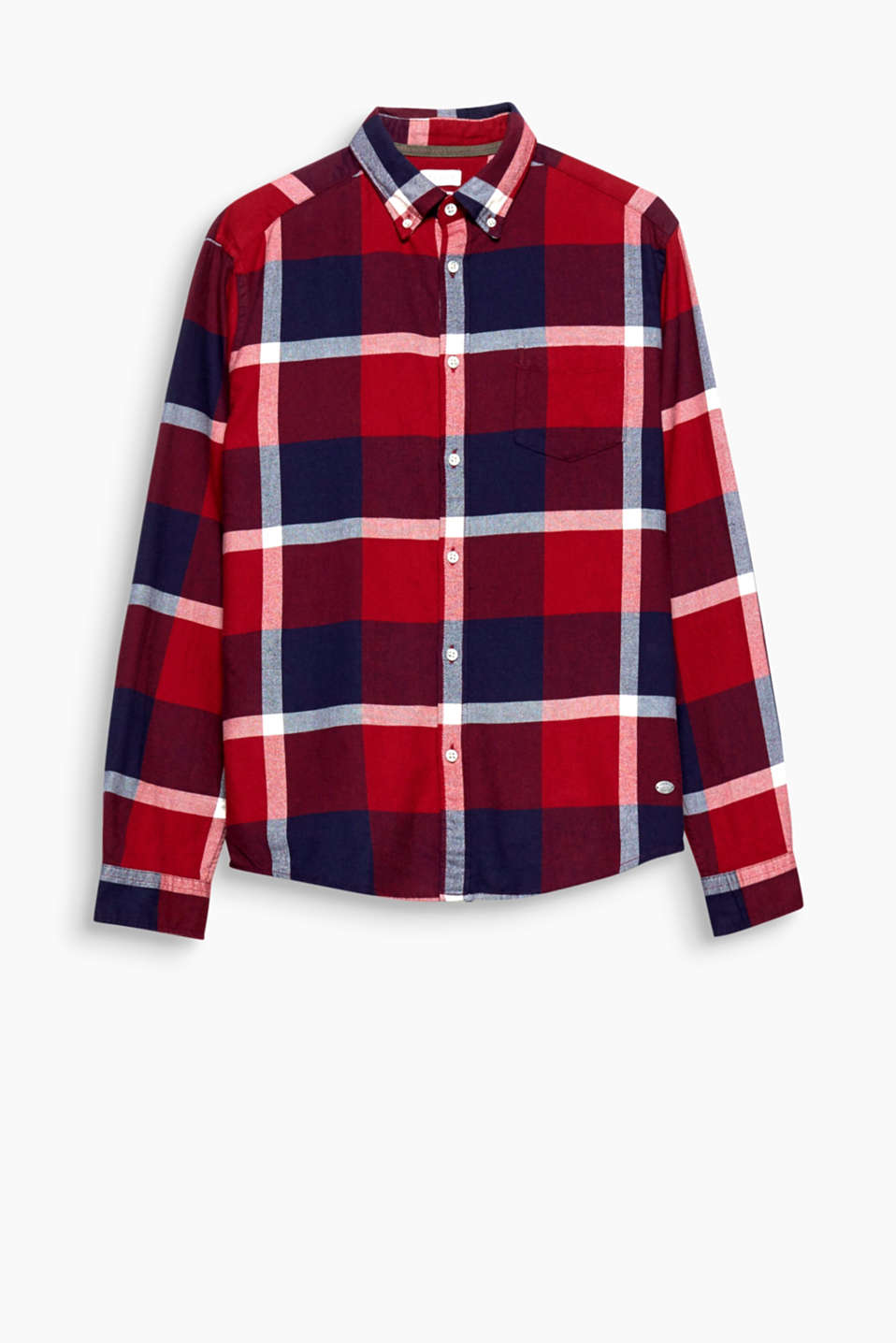 Be it a country or grunge look: the stunning checks make this shirt super cool and eye-catching either way!