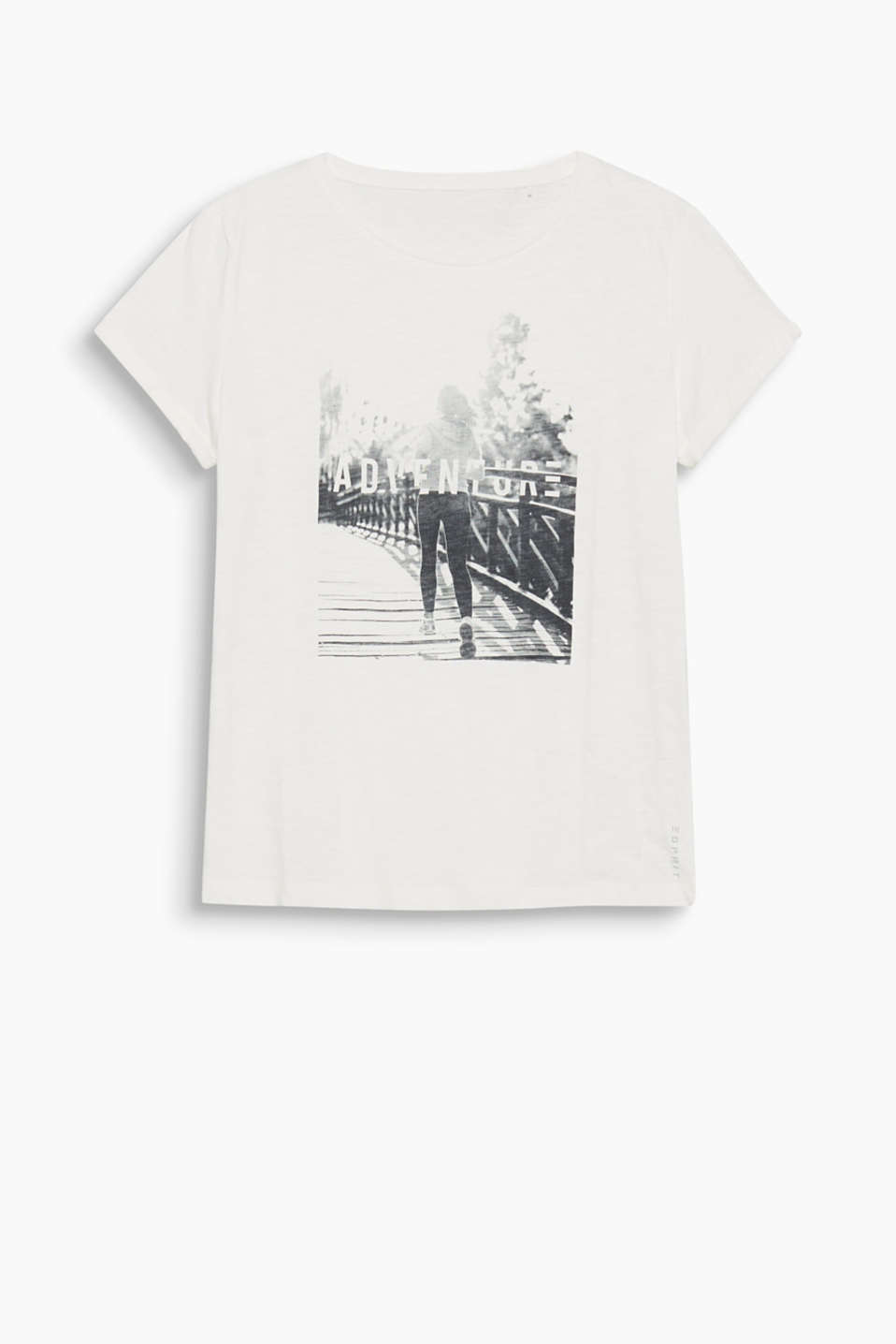 This airy slub t-shirt with a stylish photo print is perfect for both sports and leisure time!
