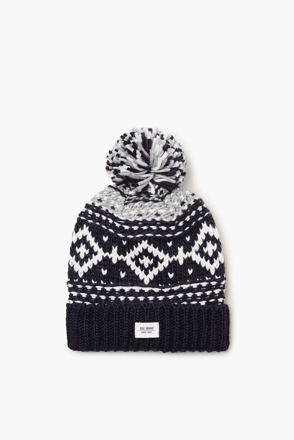 Your styling highlight! This beanie with Norwegian pattern and tonal pompom will quickly become your new favourite piece.