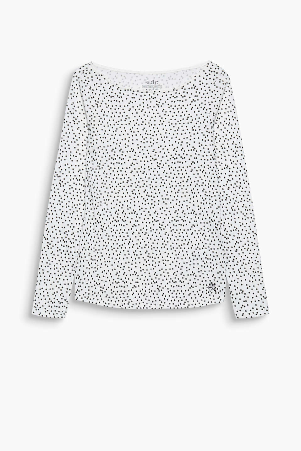 Lovely polka dots! A velvety soft polka dot print gives this long sleeve top an exceptionally charming look.