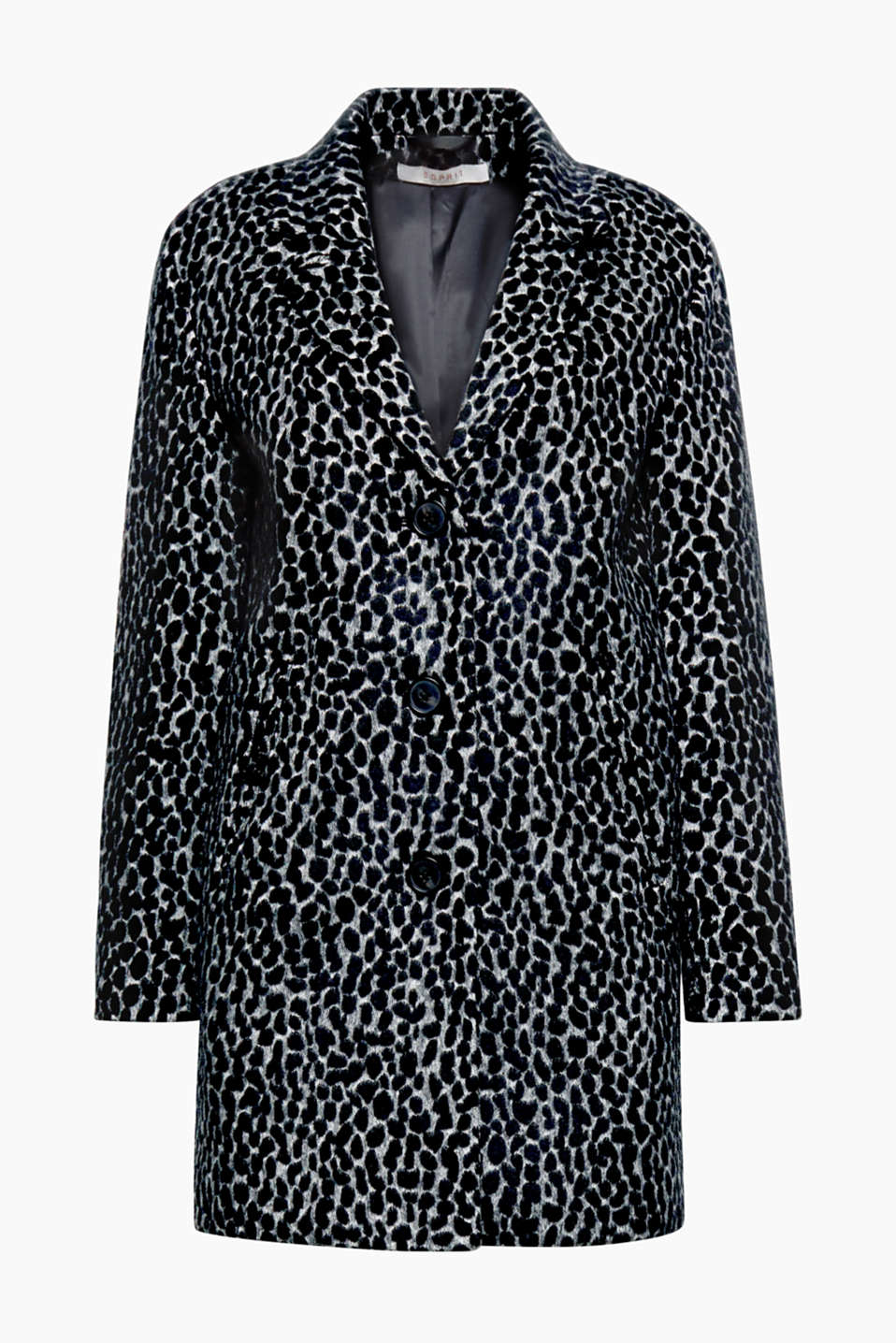 This stylish soft leopardskin coat will make sure you stay warmly wrapped up and on trend throughout the autumn!