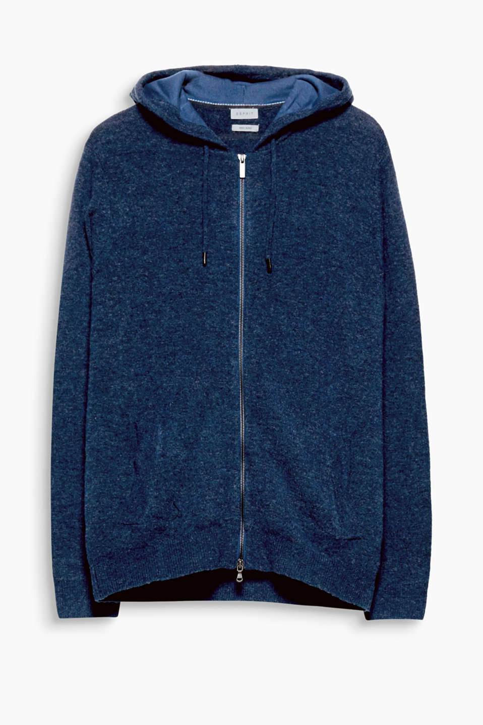 Elegant leisurewear in fine knit yarn! This hoodie is crafted from supersoft blended wool.