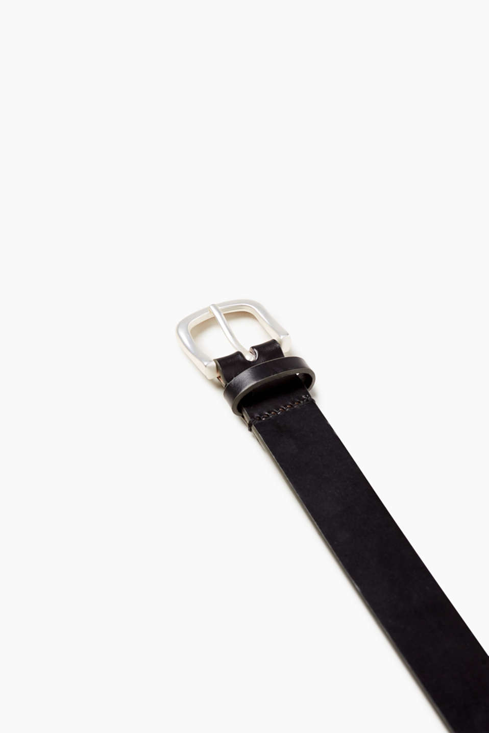 Your fashion basic: narrow belt with matte metal buckle, made from high-quality cowhide leather
