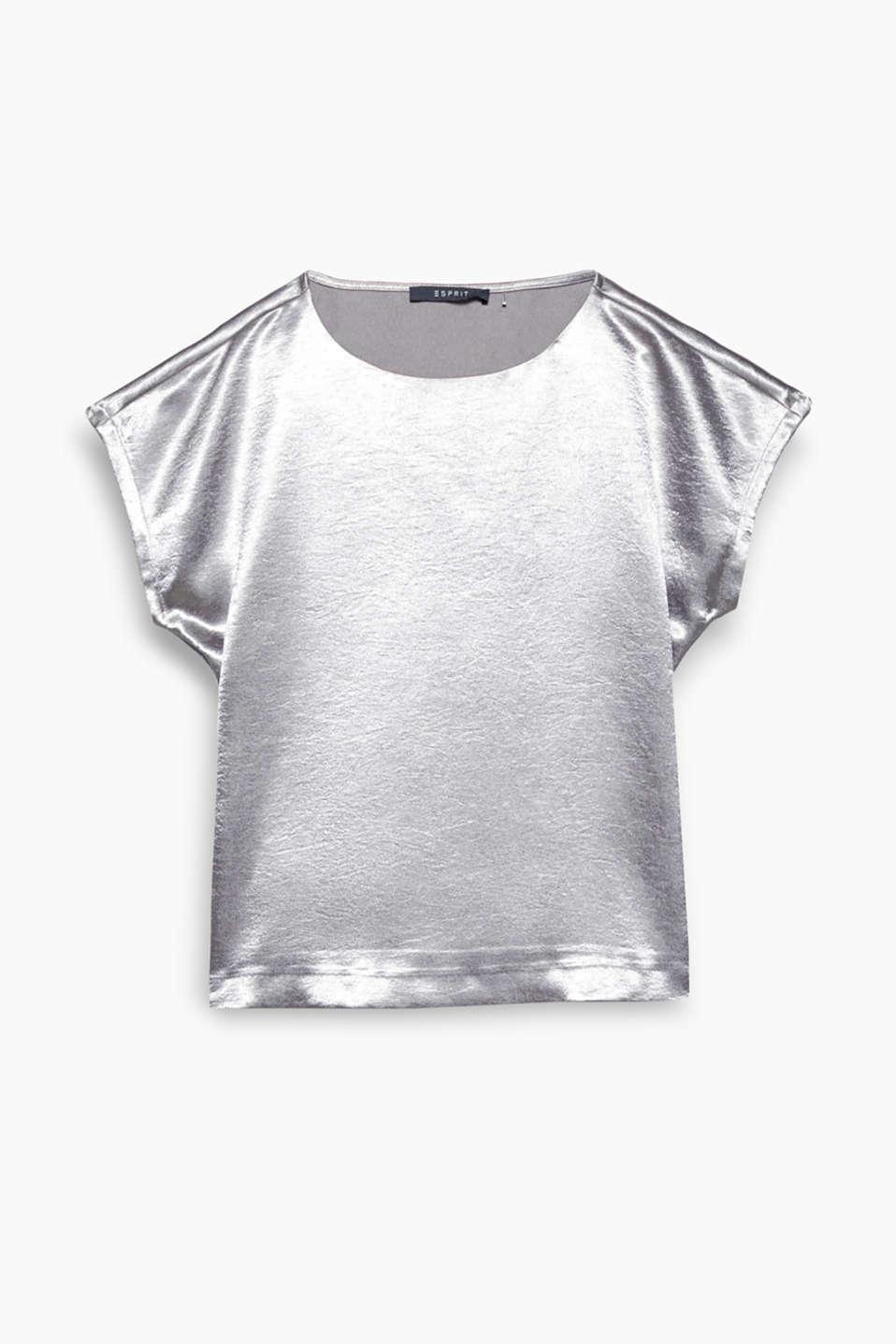 Edler Glanz und lockerer Schnitt: Dieses Blusen-Top aus Satin präsentiert sich in brandneuem Style!