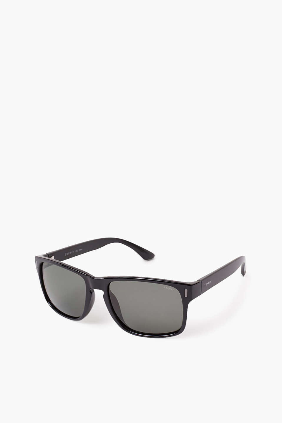 Classic, plastic sunglasses for men with graduated colour lenses