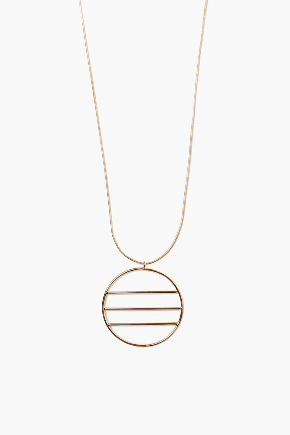 We love minimalist designs with a graphic twist! This necklace is a highlight thanks to its pendant.