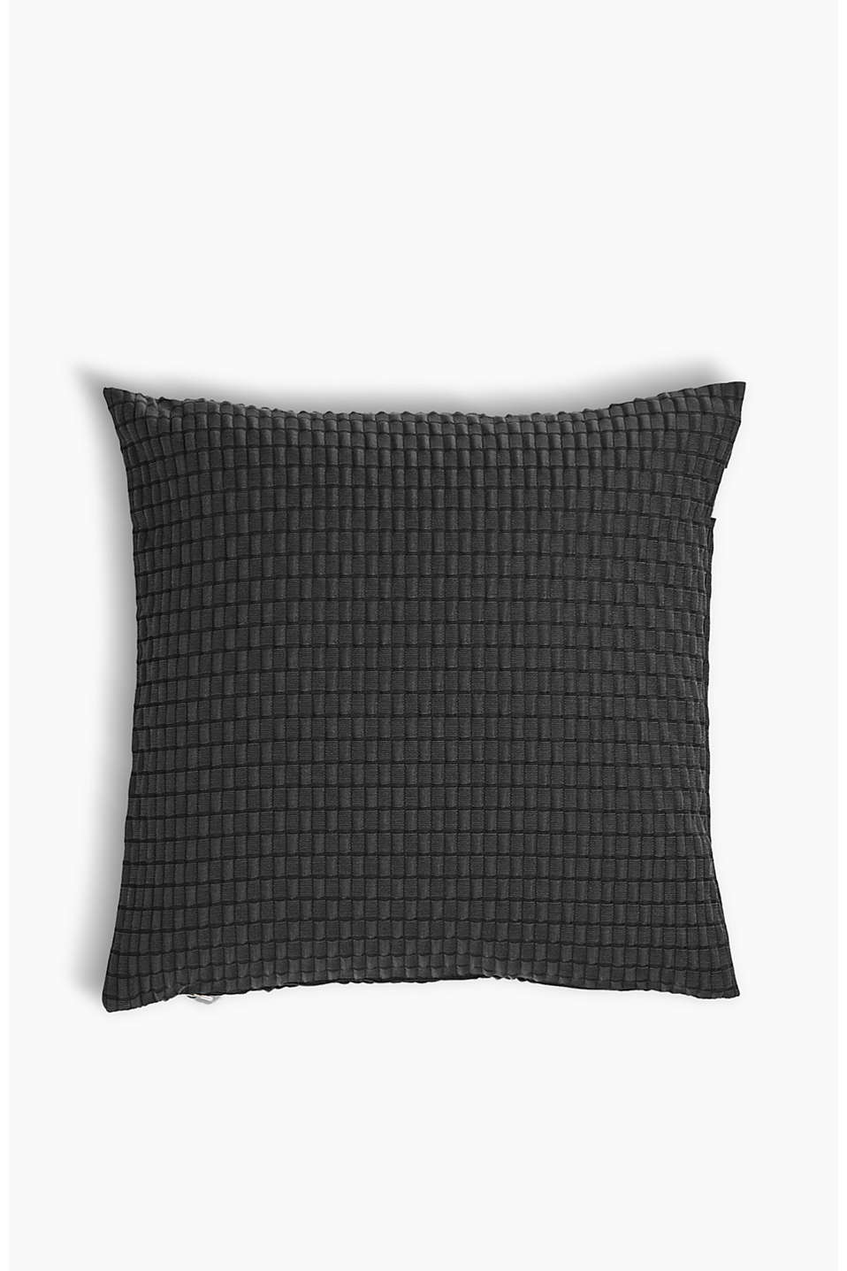 Cushion covers in two sizes, with a timeless high-low texture