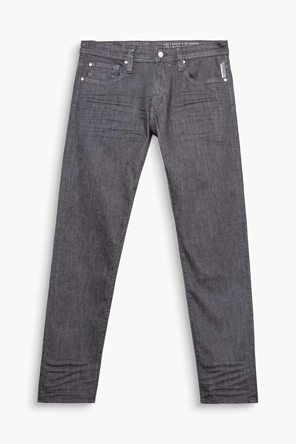 A denim classic: slightly melange five pocket jeans with added stretch for comfort and garment-washed effects.
