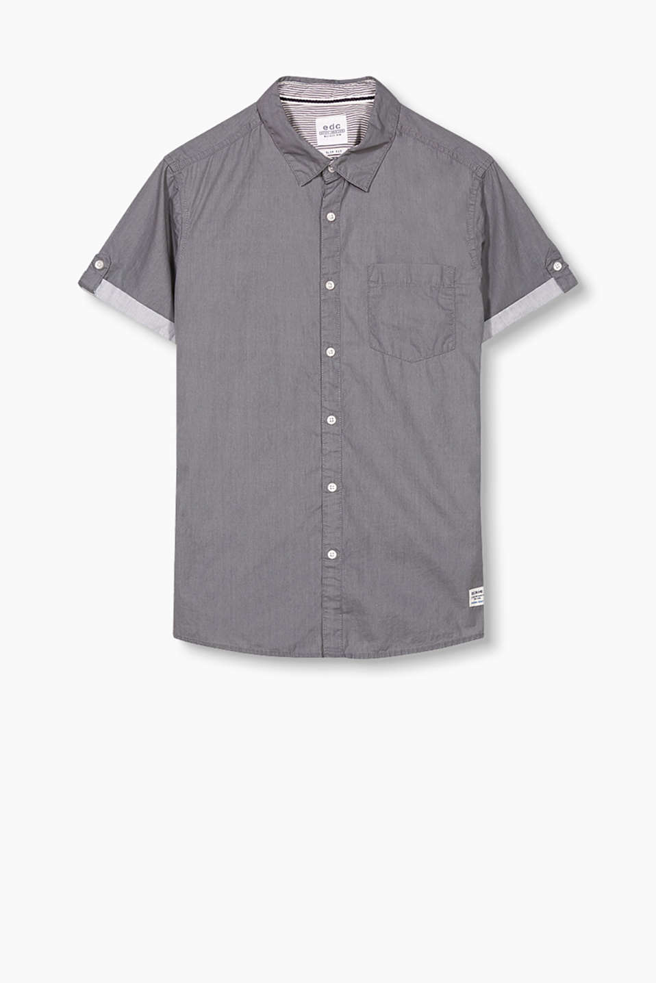 Short sleeve shirt in pure cotton with a breast pocket and turn-up sleeves
