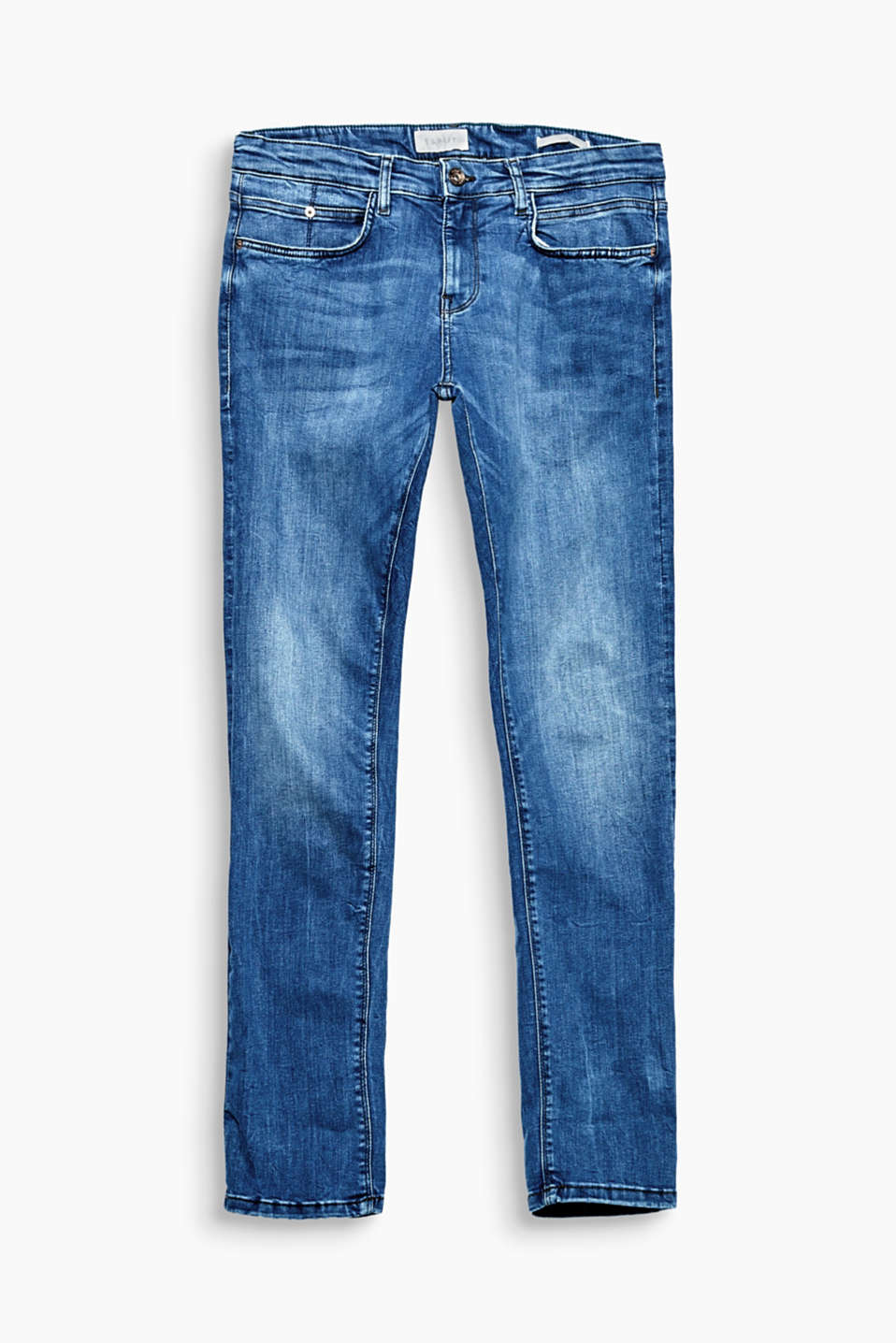 Dynamic denim comfort! The sleek wash and skinny cut make these jeans an everyday fave!