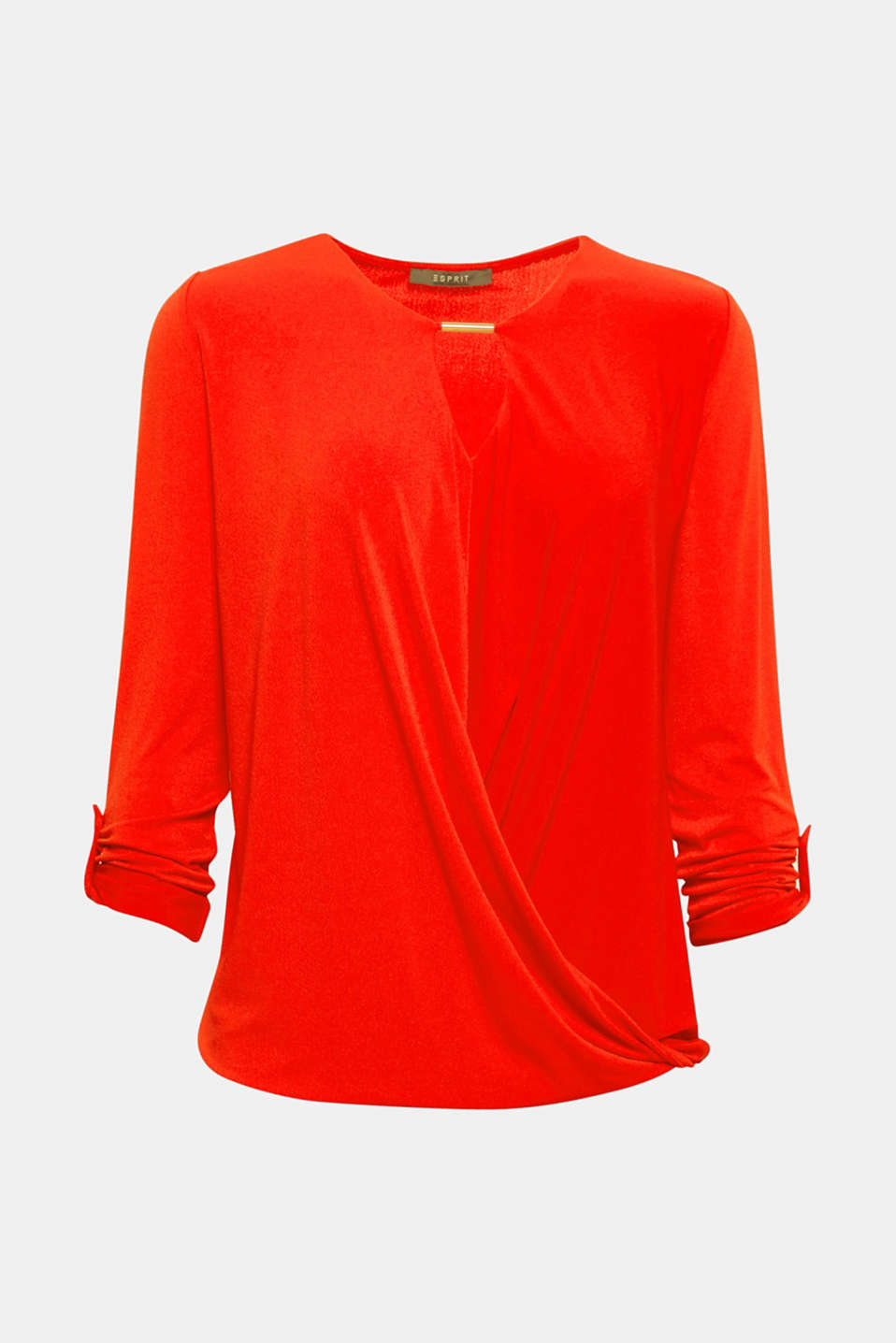 The draped front and the jewellery details at the neckline give this long sleeve top an exclusive look!