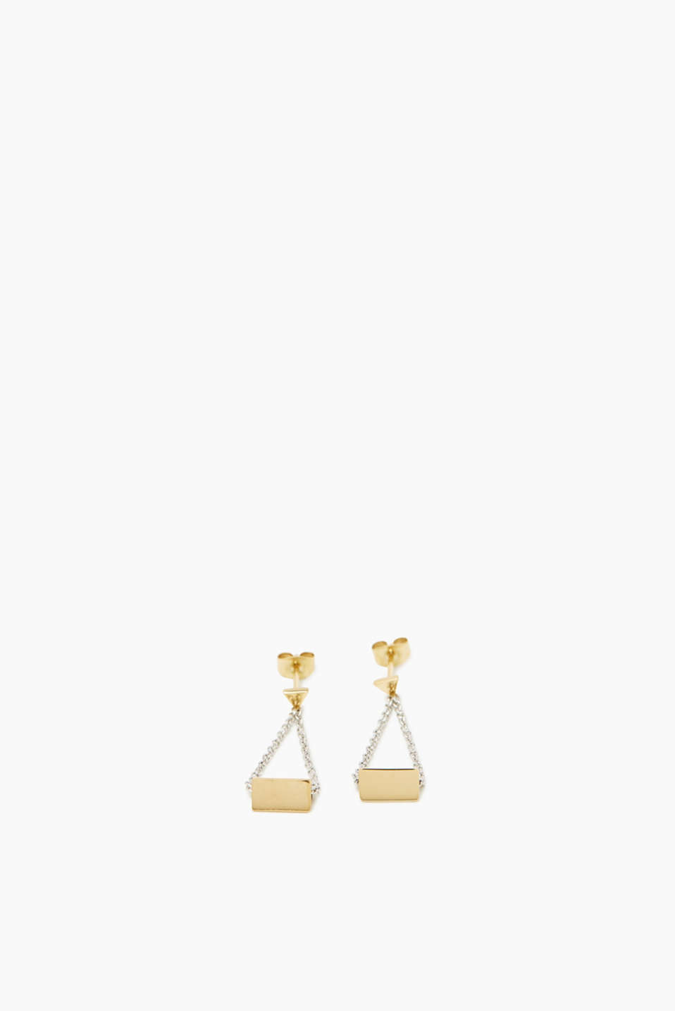 The graphic design and recurring triangles make this pair of stud earrings a favourite.