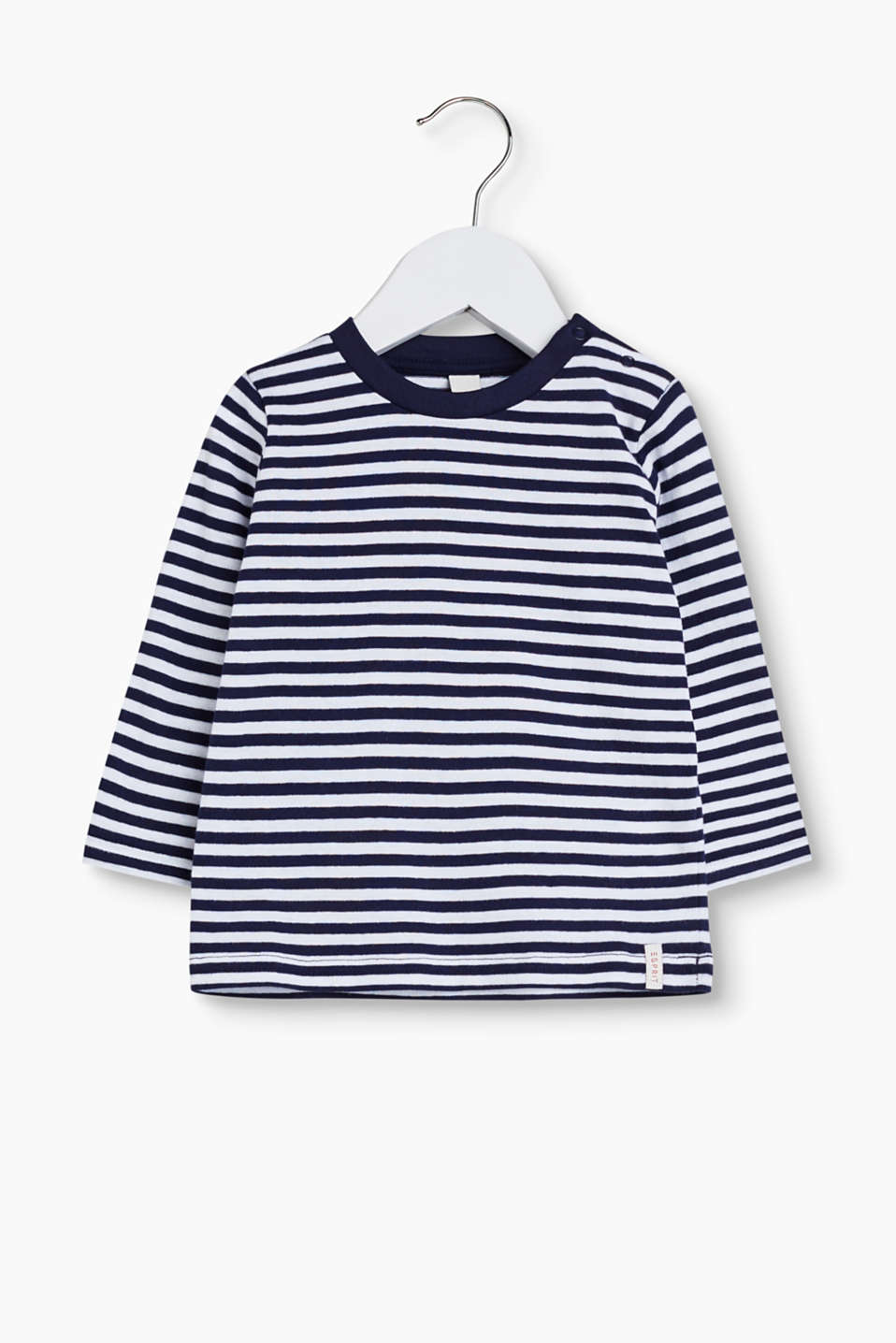 With a stripe pattern: basic T-shirt in soft cotton jersey
