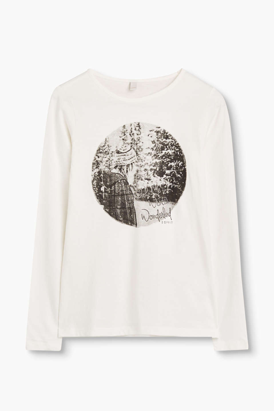 This soft long sleeve top has its pretty photo print with lettering on the front to thank for its stylish look.