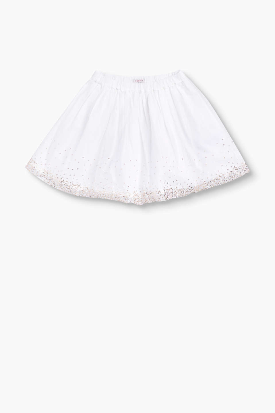 This skirt gets its formal look from the interplay between the tulle and the shimmering sequins.