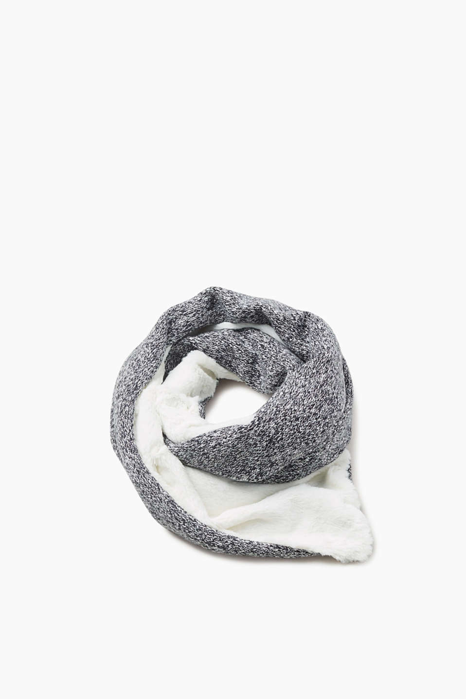 Cuddle on up: melange knitted scarf with fluffy fake fur
