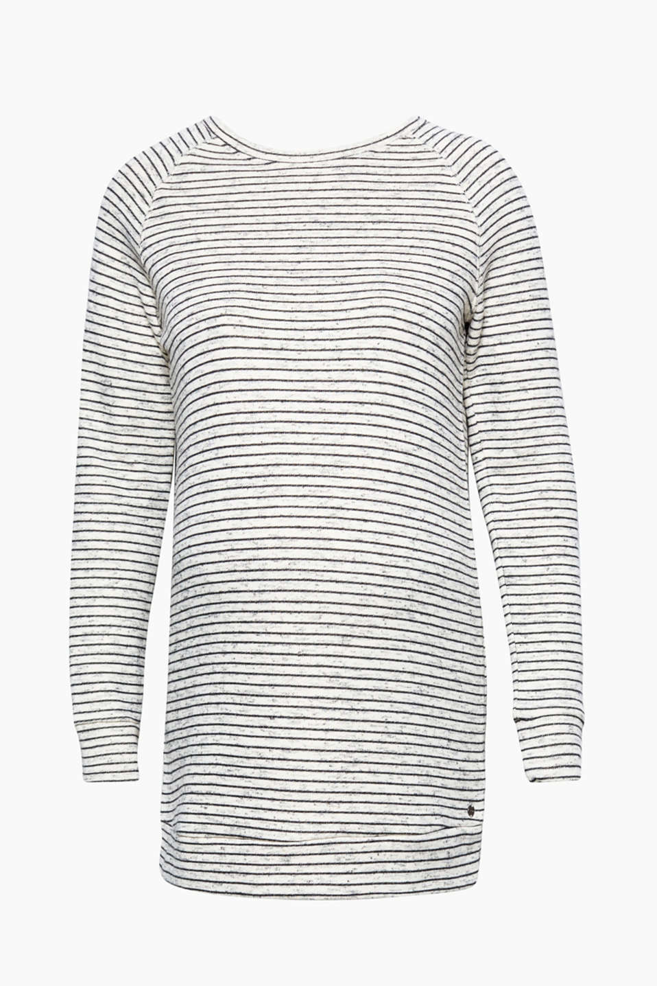 Wonderfully simple: this lightweight long sweatshirt is super comfortable to wear and features cheerful stripes!
