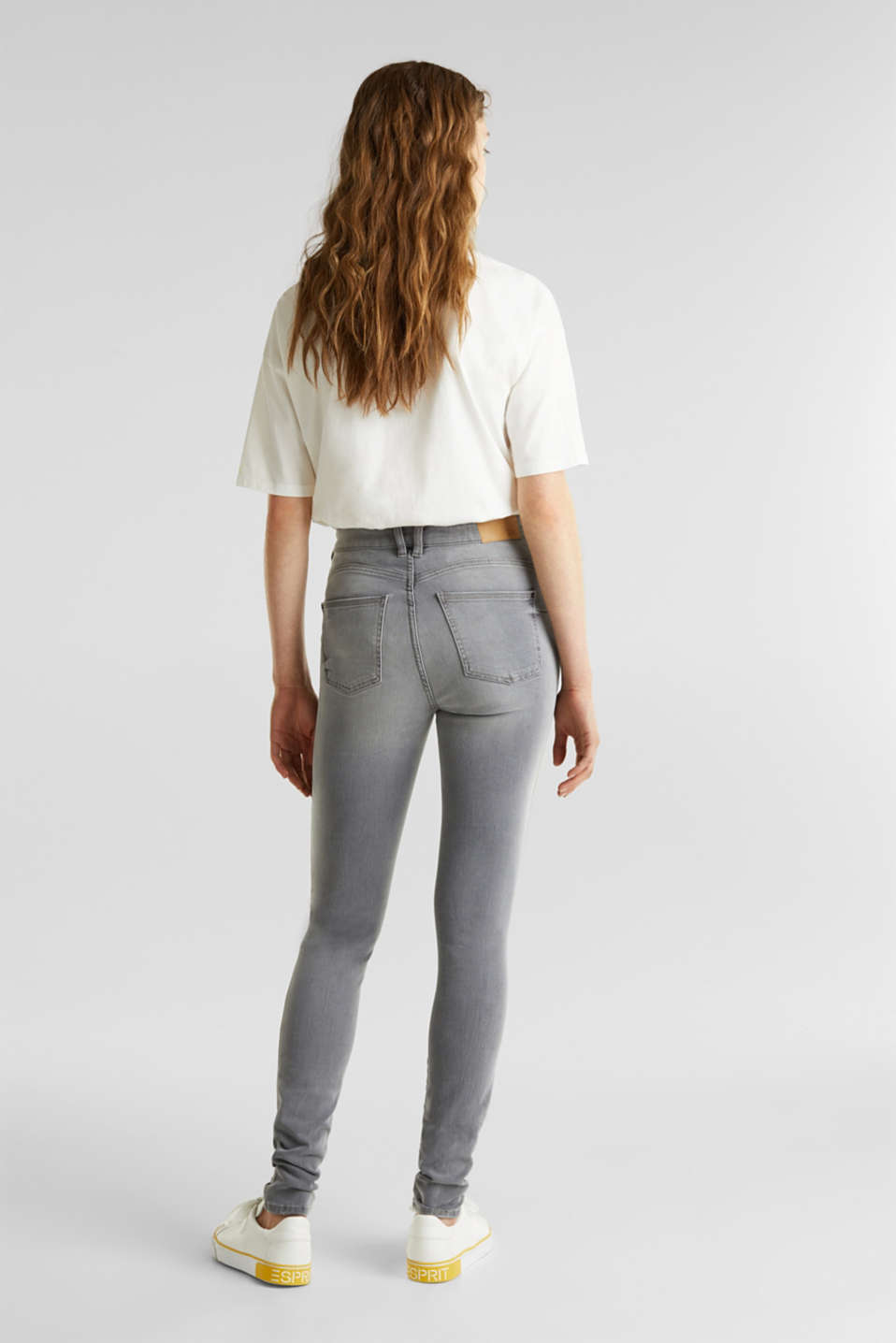 With TENCEL™: Shaping jeans with two-way stretch, GREY LIGHT WASH, detail image number 3