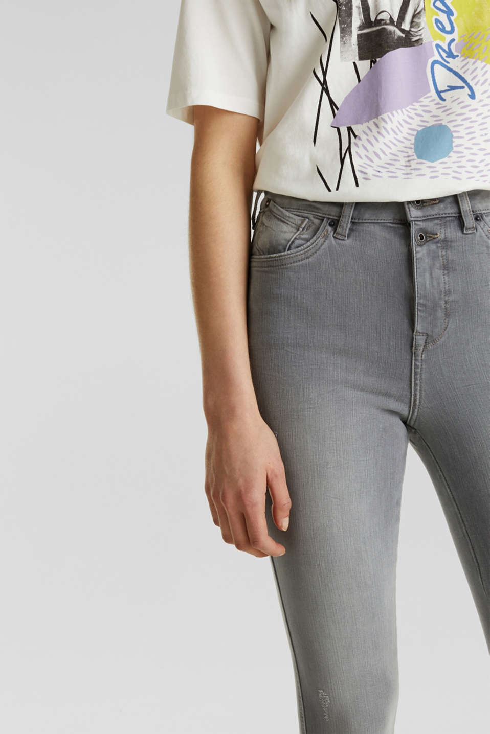 With TENCEL™: Shaping jeans with two-way stretch, GREY LIGHT WASH, detail image number 2