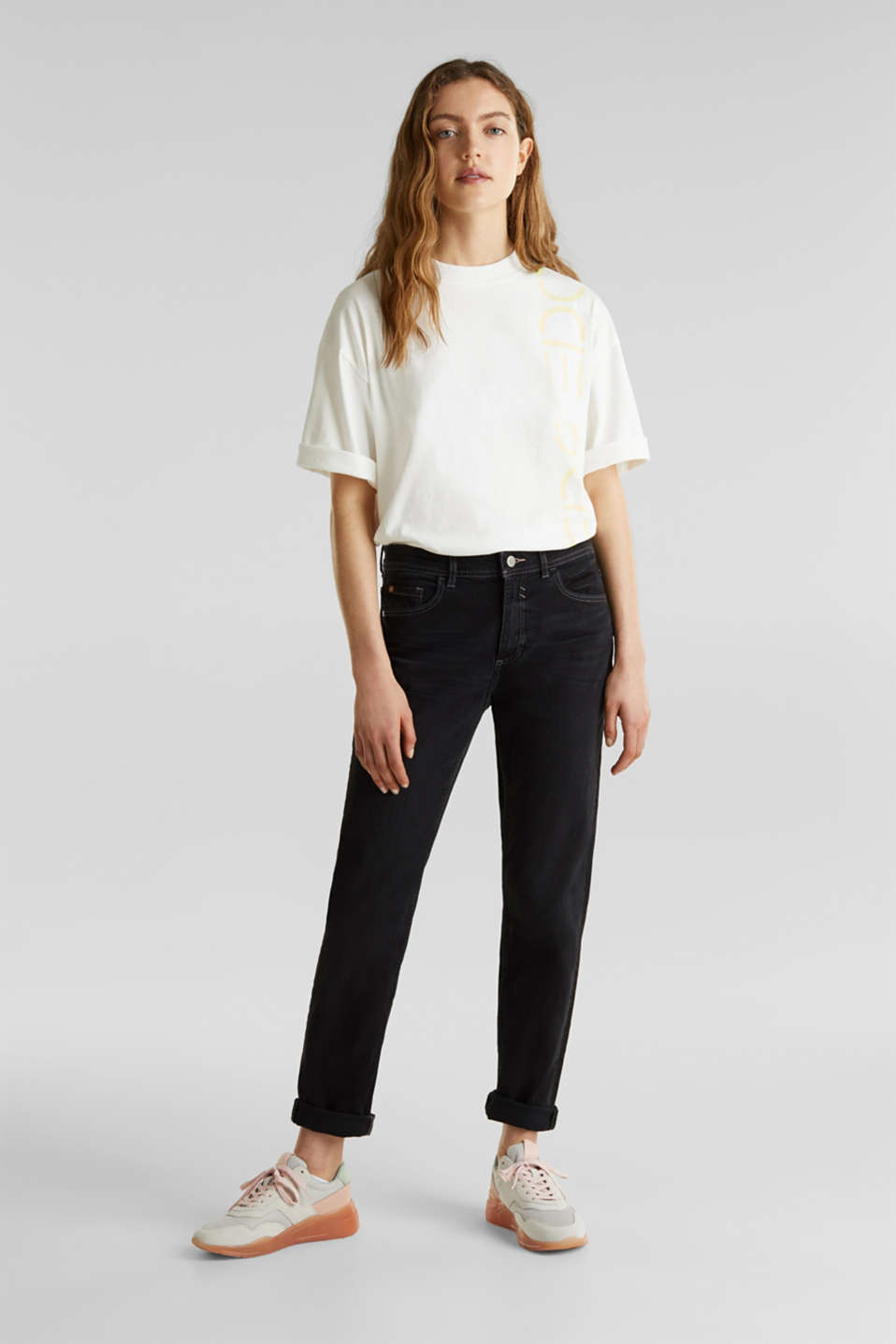 edc - Stretch jeans with a new, relaxed fit