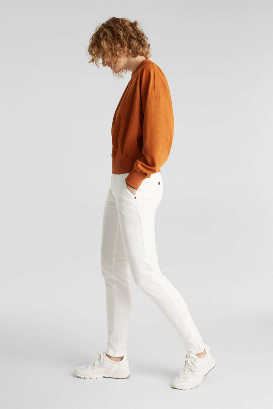 Stretch chinos made of twill with a woven belt, WHITE, detail image number 1