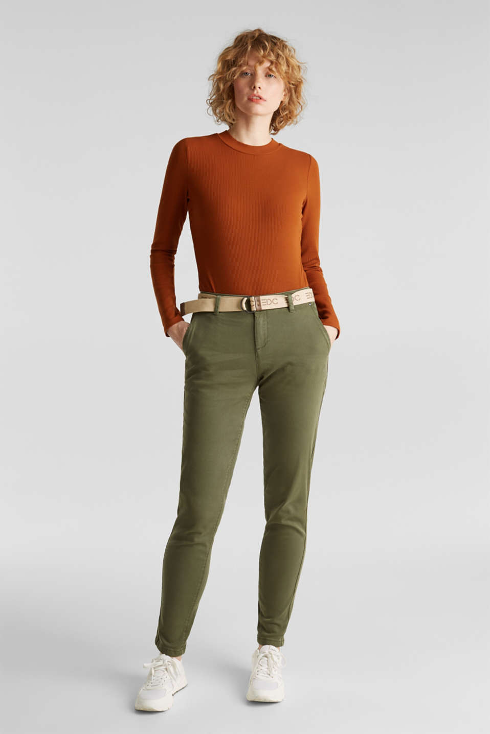 Stretch chinos made of twill with a woven belt, KHAKI GREEN, detail image number 0