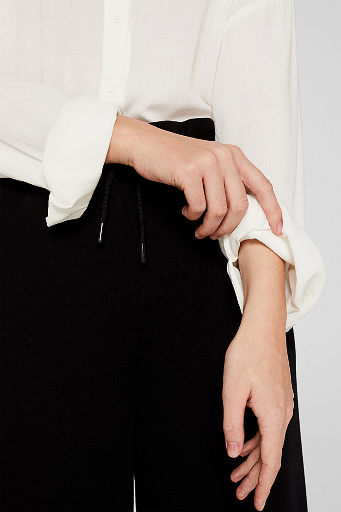 Flowing shirt blouse with a texture, OFF WHITE, detail image number 5