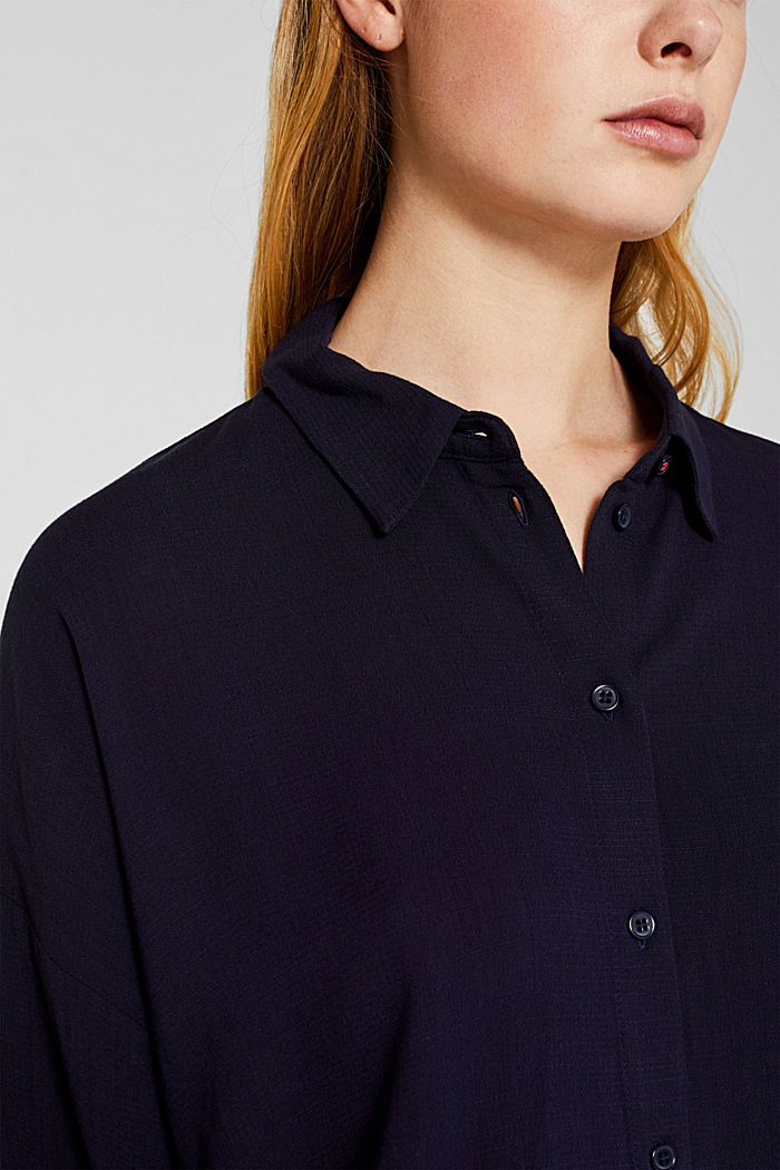 Flowing shirt blouse with a texture, NAVY, detail image number 2