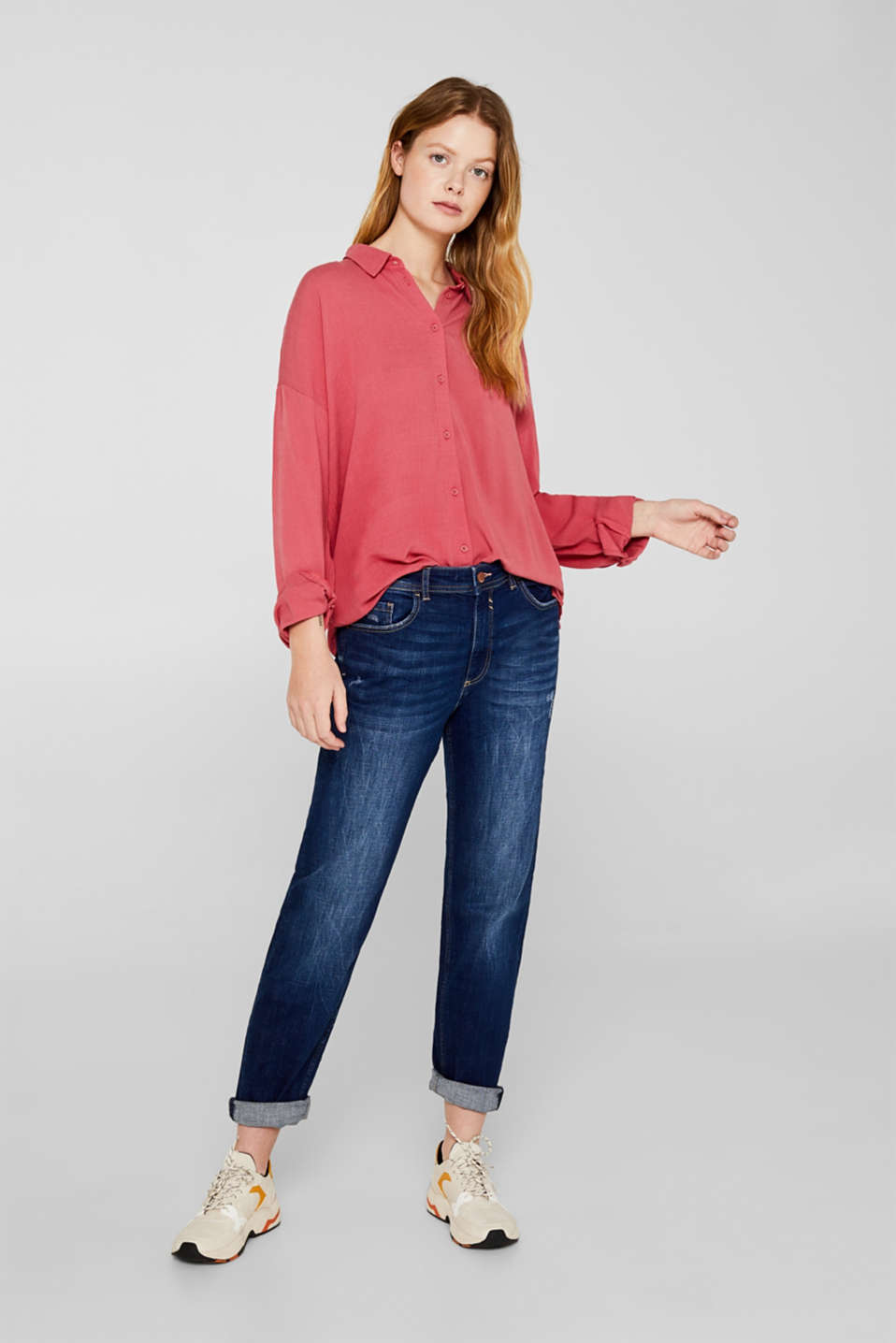 Flowing shirt blouse with a texture, BLUSH, detail