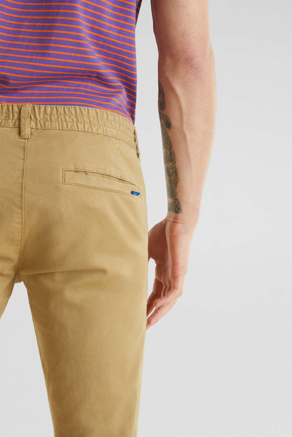 Cropped chinos with stretch and organic cotton, CAMEL 2, detail image number 5
