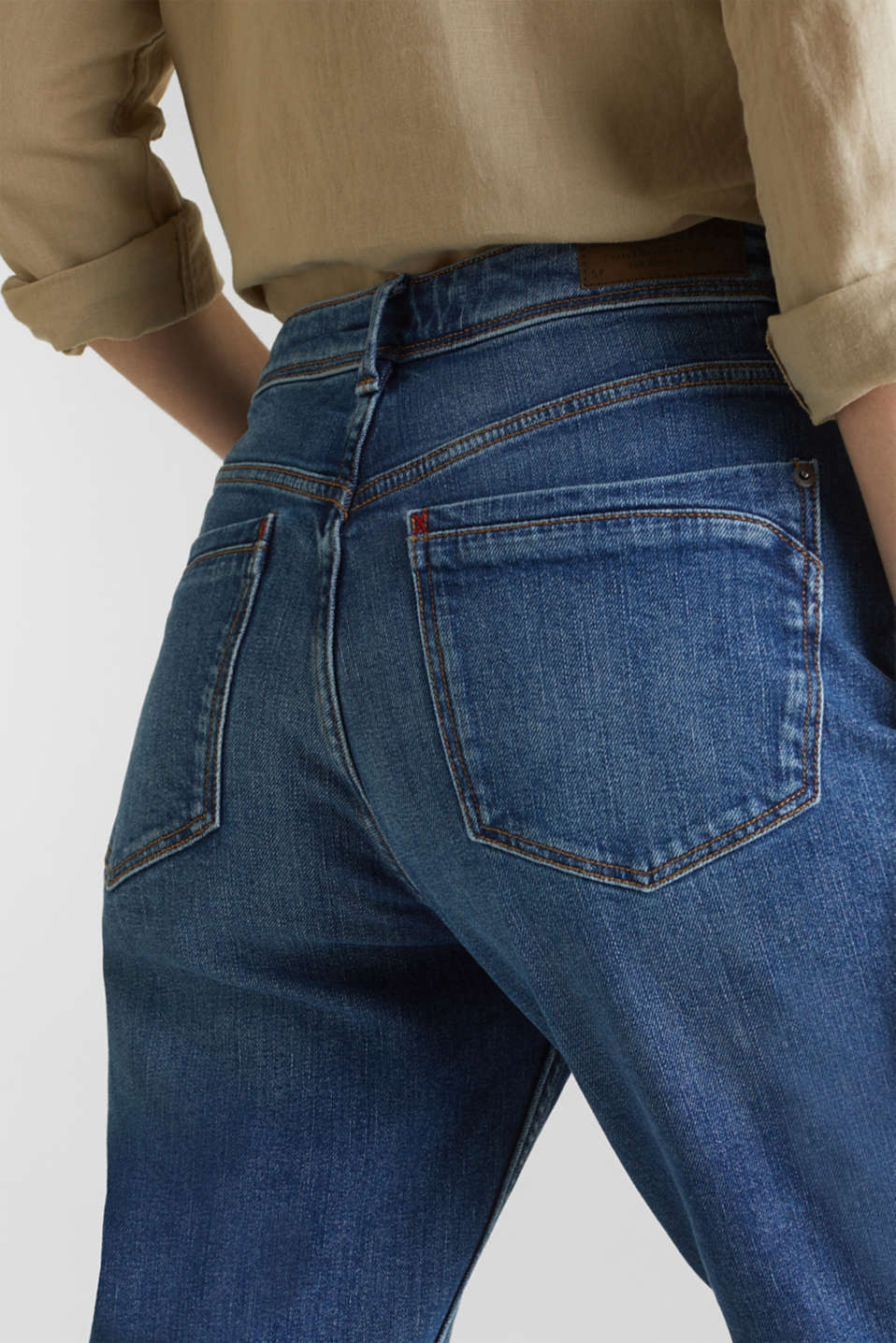 stretch jeans in a new fit, BLUE MEDIUM WASH, detail image number 5