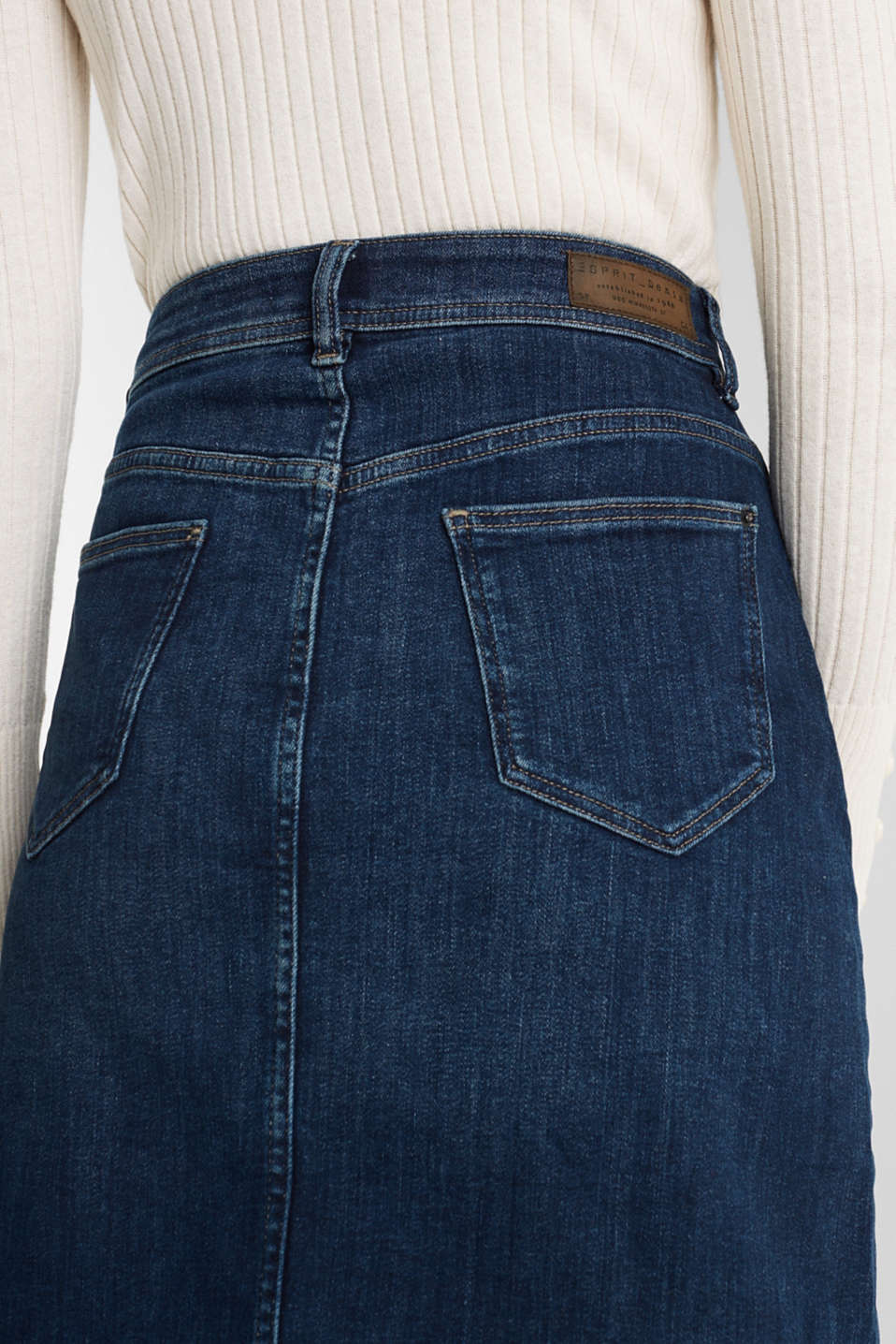 Button-fastening A-line denim skirt, BLUE MEDIUM WASH, detail image number 4