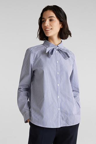 Stretch blouse with a pussycat bow