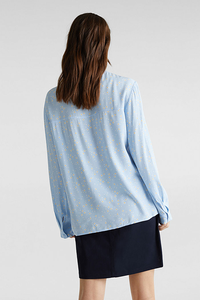 Crêpe blouse with a round neckline, LIGHT BLUE, detail image number 3