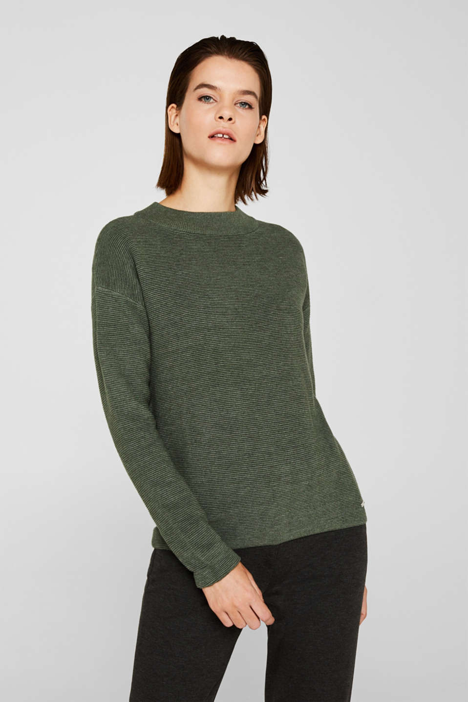 Esprit - Jumper with a ribbed texture