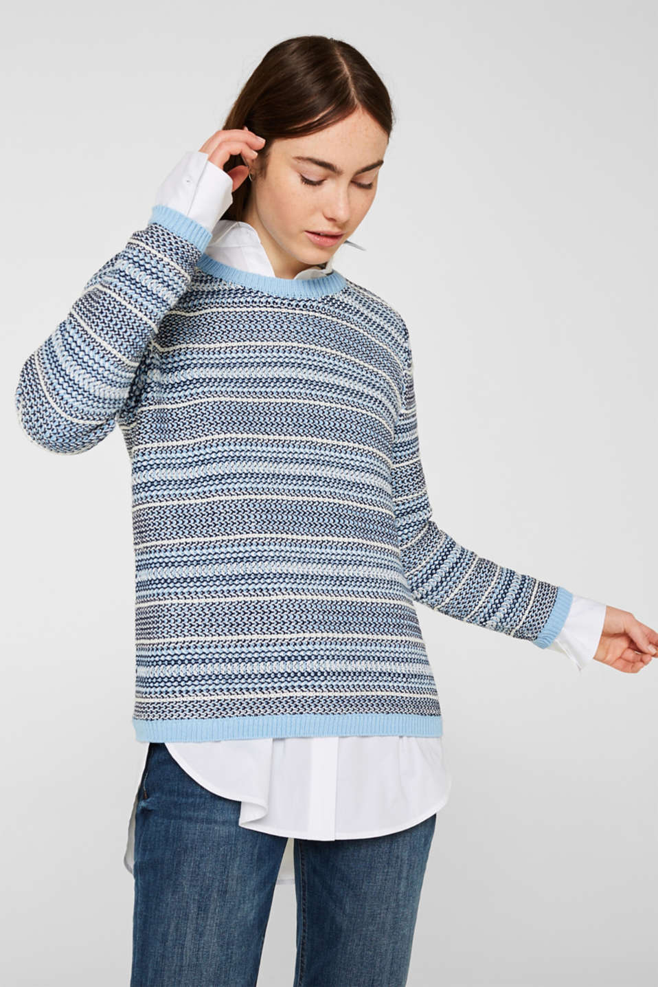 Textured multi-colour jumper