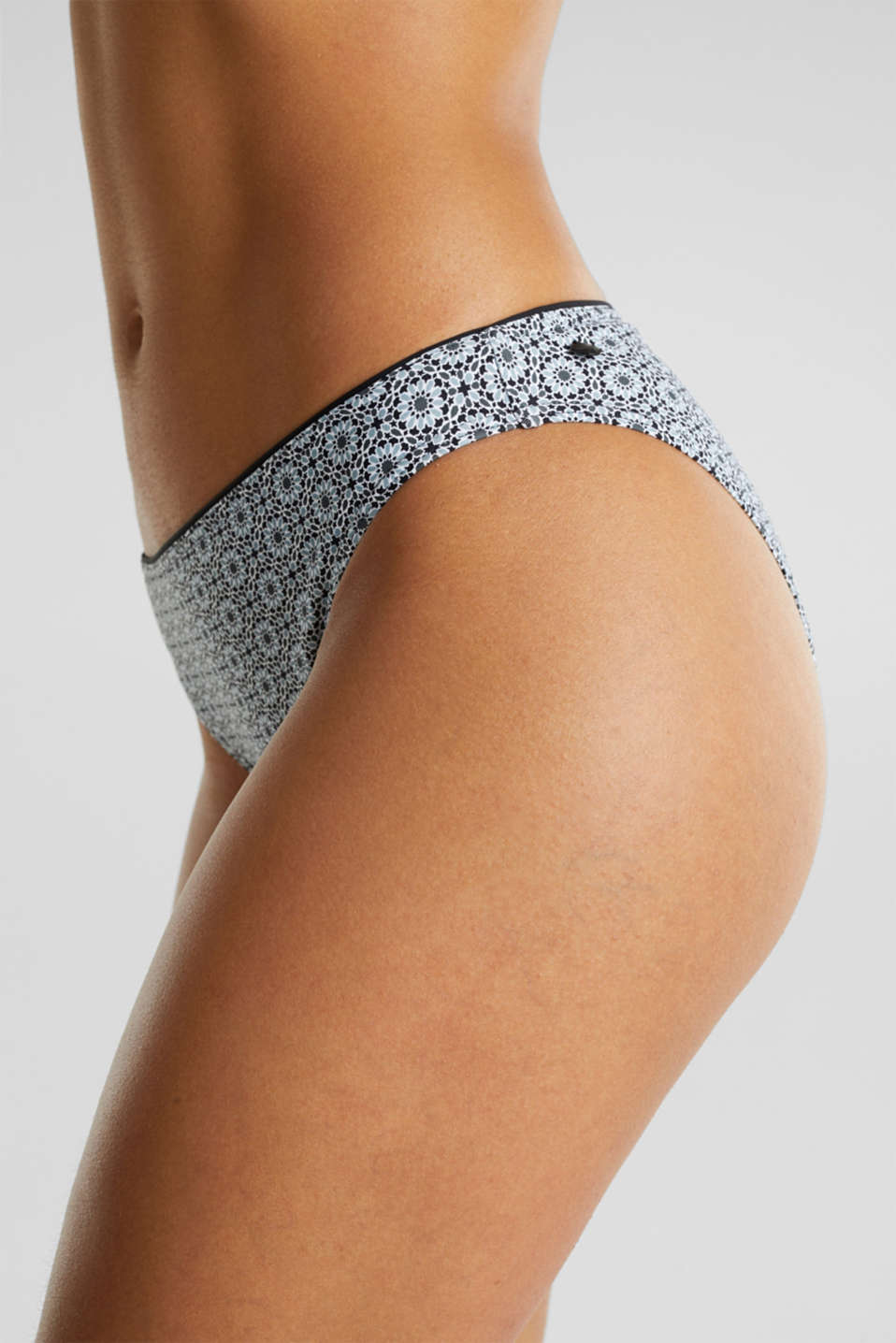 Briefs with a floral print, BLACK, detail image number 1