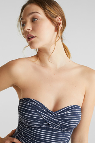 Shaping swimsuit with a halterneck