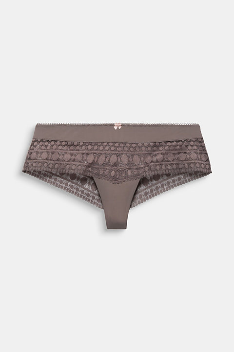Hipster shorts with geometric lace