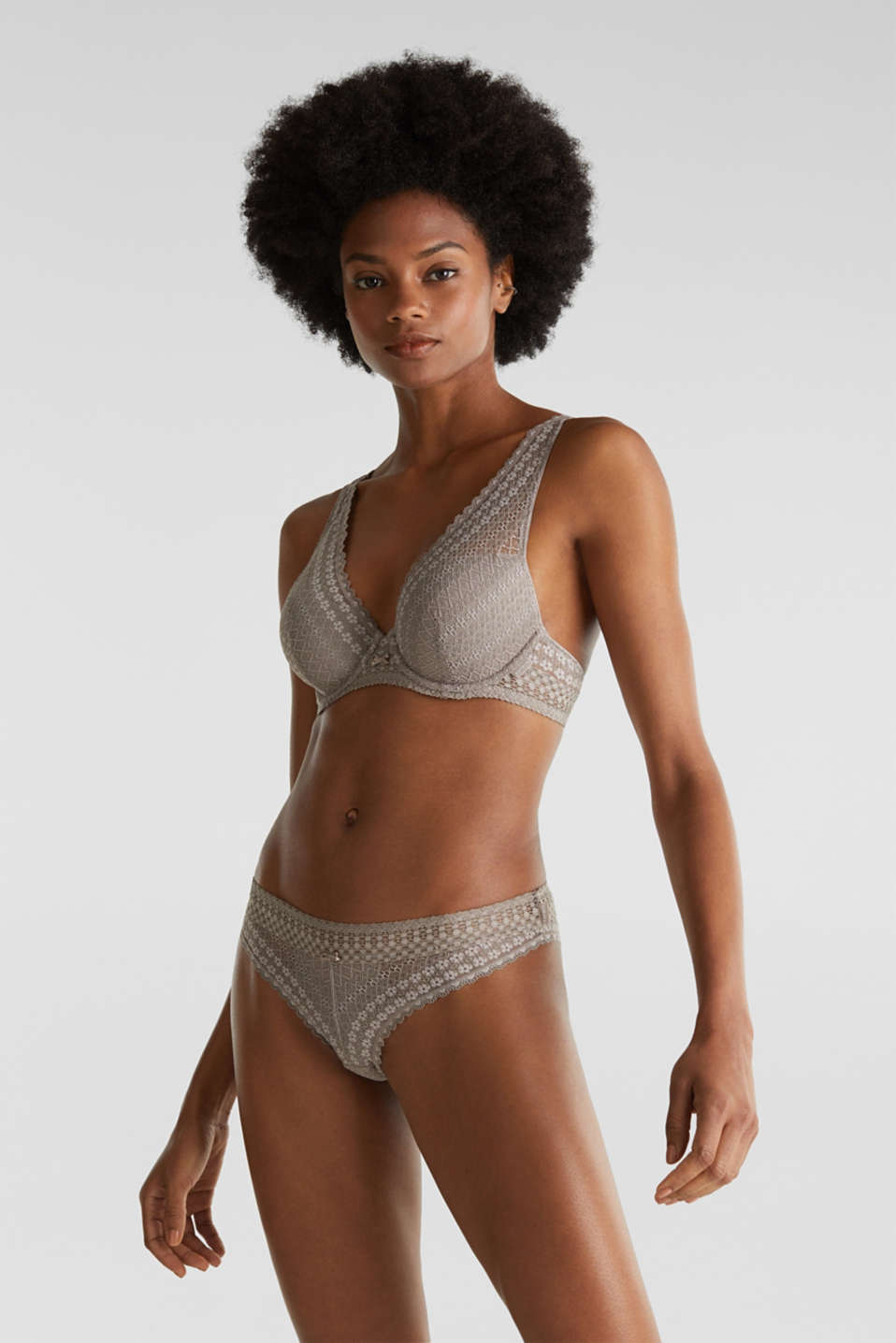 Padded underwire bra in lace, TAUPE, detail image number 0